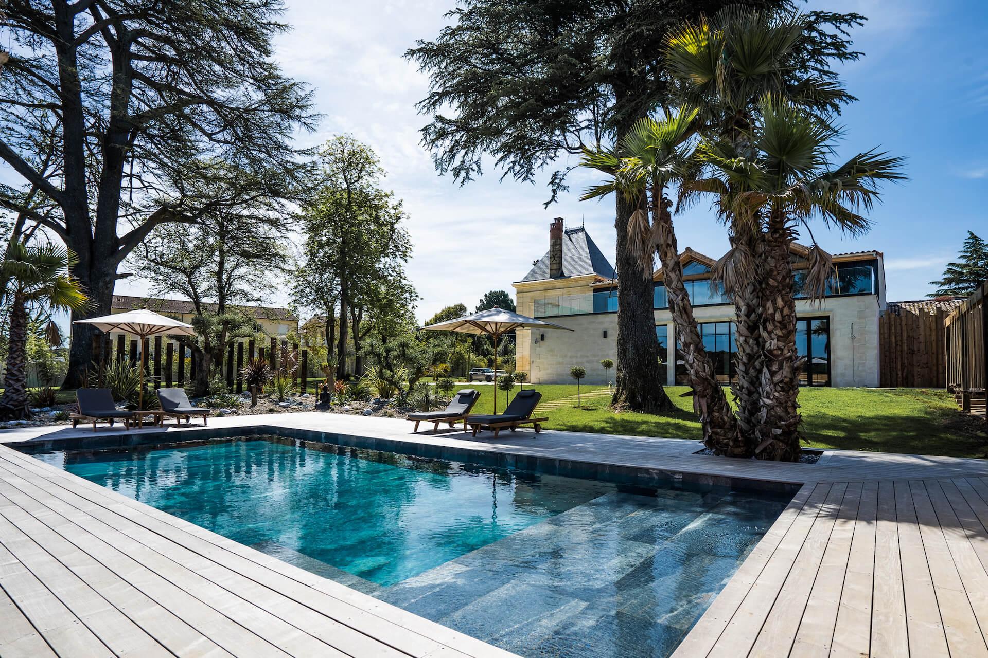 piscine - château grand arnaud chambres d'hôtes réception et séminaires bordeaux